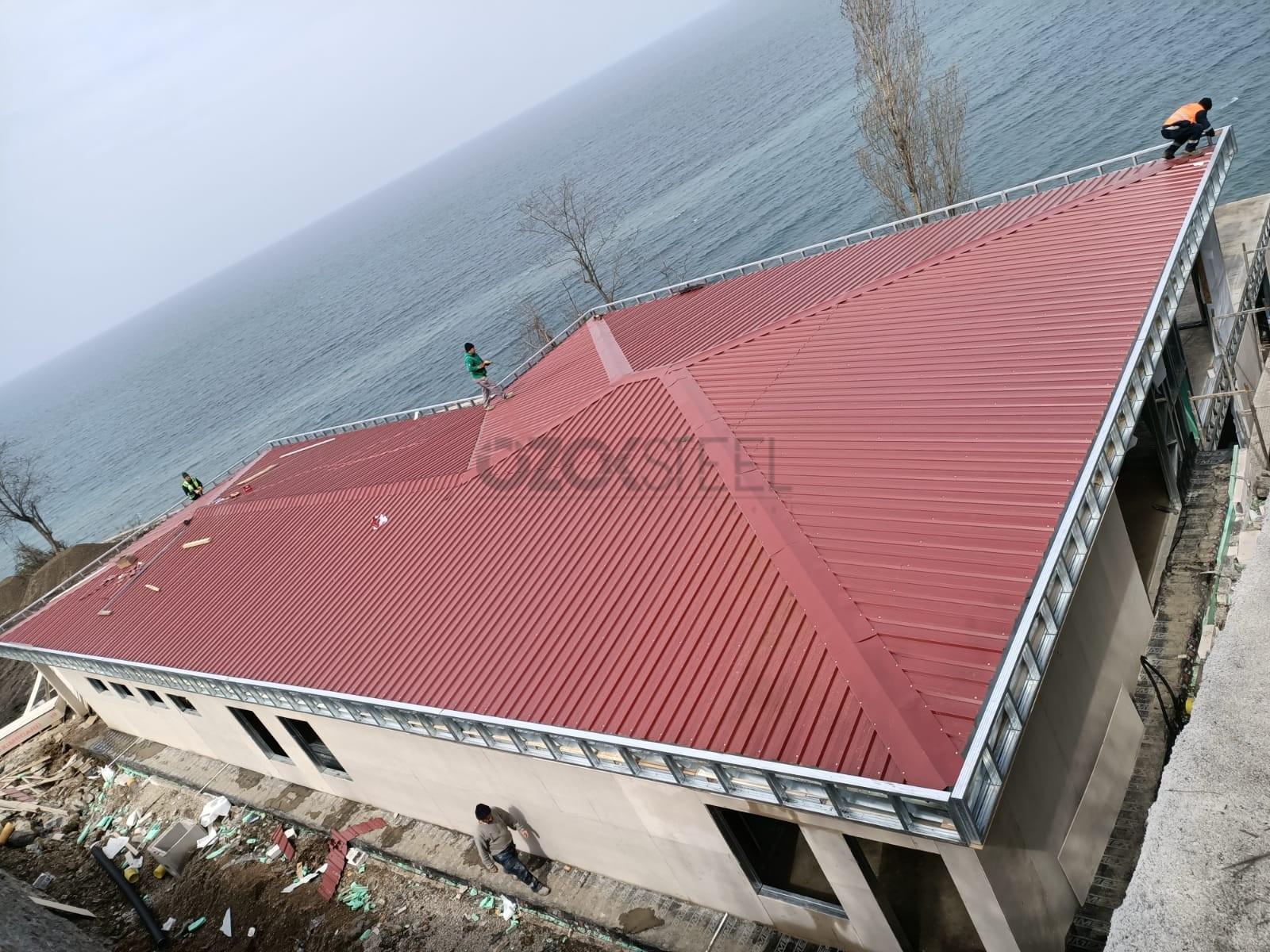 Bülent Ecevit Üniversitesinde yapımını üstlendiğimiz 580 m2 kafeterya projemiz hızla devam etmektedir.